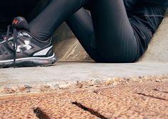Welche Laufhosen kaufen? http://marathon-vorbereitung.com/laufhosen-test-2017-warum-lohnt-sich-eine-spezielle-laufhose/