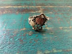 Vintage Wheeling Mfg. Sterling Silver & 12K Black Hills Gold Grape & Leaves Ring #WHEELER #Band Sterling Silver Rings, Gold Rings, Black Hills Gold, Leaf Ring, Wheeling, Beautiful Rings, Grape Vines, Vintage Black, Leaves