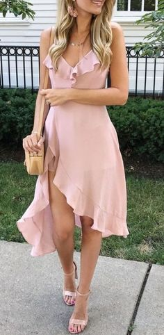 10 Sites With Affordable And Cute Sorority Formal Dresses - #outfits #Summer #ForTeens #ForSchool #Escuela #Edgy #Spring #Cute #Classy #Fall #Hipster #Trendy #Baddie #ForWomen #Tumblr #2017 #Preppy #Vintage #Boho #Grunge #ForWork #PlusSize #Sporty #Simple #Skirt #Deportivos #Chic #Teacher #Girly #College #KylieJenner #CropTop #Fashion #Black #Autumn #Swag #Polyvore #Work #Nike #Casuales #Juvenil #Winter #Invierno #Verano #Oficina #Formales #Fiesta #Ideas #Party #Comfy #Vestidos #Gorditas…