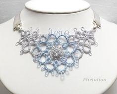 Tatted il merletto floreale collana nella vostra di SnappyTatter