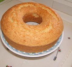 Pastel fácil de crema de leche: Torta 1 2 3 4 (La proporción: 1 de crema + 2 de azúcar + 3 de harina con polvos + 4 huevos + sabor deseado)