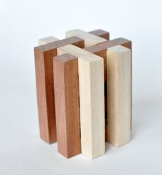 Marble Furniture, Car Furniture, Furniture Design, Wood Projects, Woodworking Projects, Woodworking Joints, Wood Bench Plans, Geometric Sculpture, Wood Scraps