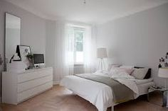 Calm grey and white room in a Swedish home in a former shop. I don't like the pink. Grey And White Room, White Rooms, Home Bedroom, Bedroom Decor, Light Bedroom, Bedroom Mirrors, Bedroom Simple, Master Bedrooms, Bedroom Ideas