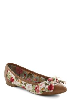 Love these | Antique Tock Flats, #ModCloth