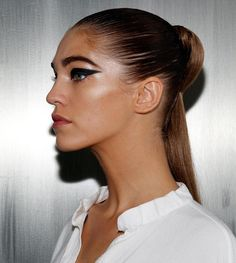 10 Awesome Beat-the-Heat Hairstyles - SELF