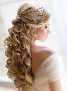 long wedding hairstyles for wavy hair