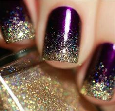Image via Gold nails Image via Gold Nail Art Designs. Image via Wedding gold nails for Image via The Golden Hour - Reverse Glitter Gradient nail art: two color colou Fabulous Nails, Gorgeous Nails, Pretty Nails, Perfect Nails, New Year's Nails, Hair And Nails, Gold Nail Art, Gold Nails, Gold Glitter