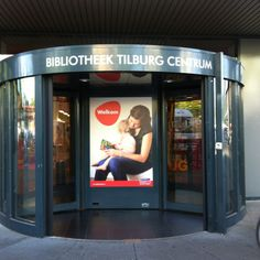 We zijn al open #bibliotheek #tilburg #Koningsplein :-)
