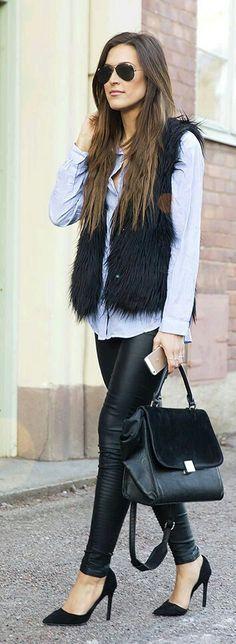 Here is Furry Vest Outfit Ideas Collection for you. Furry Vest Outfit Ideas rework your white fur vest details on httpnomisni. Casual Winter Outfits, Fall Outfits, Cute Outfits, Fashion Outfits, Womens Fashion, Western Outfits, Fur Vest Outfits, Look Legging, Black Fur Vest