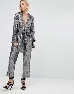 This is the best holiday season outfit ever ! I would definitely wear this silver sequins co-ord for new year's evening !
