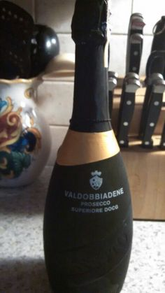The best champagne I have ever had > VALDOBBIADENE Prosecco Superiore Docg Italian White Wine, Best Champagne, Winner Winner, Prosecco, Food And Drink, Vintage Wine