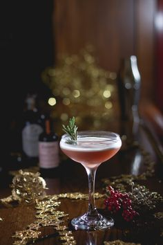 The Winter Sour marries bourbon with Tippleman's Double Spiced Falernum and Dillon's Bitter Cranberry for a coupe-full of clove-inflected holiday cheer. Non Alcoholic Cocktails, White Cocktails, Bourbon Cocktails, Classic Cocktails, Cocktail Recipes, Drink Recipes, Yummy Recipes, Cocktail Bitters, Sour Cocktail