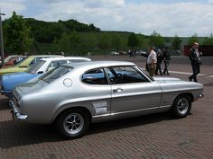 ford capri 2600 gt Photo On our site you can find many photos of ford capri 2600 gt and other cars. Ford Capri, Retro Cars, Vintage Cars, Old Sports Cars, Mercury Capri, Ford Classic Cars, Old Fords, Ride Or Die, Car Ford