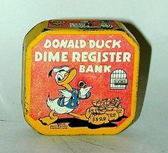 Donald Duck Litho Tin Dime Register Bank (1939) Old Disney, Disney Toys, Vintage Disney, Piggy Banks, Money Box, Tin Toys, Vintage Cameras, Disney Dream, Radios