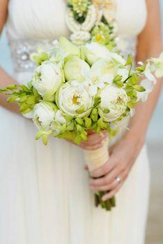 Zazen - thai lotus flowers. #zazensamuiwedding #zazensamui #weddings