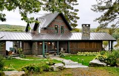 metal roof traditional exterior by Smith & Vansant Architects PC Rustic Home Design, Cabin Design, Roof Design, Design Room, Rustic Exterior, Exterior Design, Craftsman Exterior, Style At Home, Roof Styles