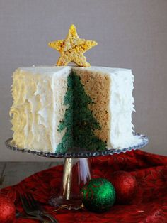Christmas tree cake tutorial tree cakes christmas trees and a holiday surprise cake christmas rice forumfinder Image collections