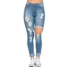 High Waisted Distressed Skinny Jeans in Blue (145 PEN) ❤ liked on Polyvore featuring jeans, pants, bottoms, calças, high waisted skinny jeans, high waisted jeans, high rise skinny jeans, high waisted ripped skinny jeans and high waisted ripped jeans