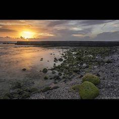 Plage de Saint pierre  #iledelareunion #reunionisland #gotoreunion #weare974 #team974 #landscape #sunset #seascape #beach #waves #lagoon by maillot_david_photo_974