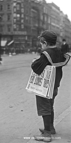 NYC. Vintage 1890, newsboy. // www.RevWill.com