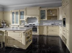 Venetian style lacquered silver leaf kitchen SERENISSIMA by Ca' d'Oro by GeD Arredamenti