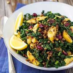 Long gone is the idea that kale is just a trendy item on foodie menus. No—this leafy green is here to stay (yay!), and that means lots of kale salad.