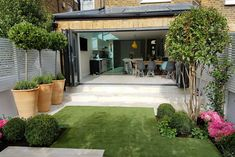 Urban garden design, back garden design, garden design london, contem Urban Garden Design, Garden Design London, Back Garden Design, London Garden, Backyard Garden Design, Terrace Garden, Backyard Landscaping, Backyard Patio, Hill Garden