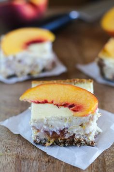 Peach Almond Yogurt Cheesecake Bars with gluten free almond crust {naturally sweetened} Healthy Sweets, Healthy Dessert Recipes, Delicious Desserts, Yogurt Recipes, Funnel Cakes, Dessert Crepes, Dessert Bars, Cheesecake Bars, Cheesecake Recipes