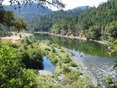 illinois river, southern oregon Cave Junction Oregon, World's Most Beautiful, Beautiful Places, Oregon Caves, Klamath Falls, Rogue River, Oregon Living, The Great Escape, Heaven On Earth