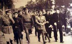Fotografía de Franco durante su visita a Málaga en 1938. La Guerra Civil Española tuvo una duración aproximada de 7 meses, desde el 18 de Julio de 1936 hasta el 8 de Febrero de 1937, cuando la ciudad es tomada por las tropas sublevadas.