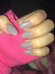 grey oval shaped acrylic nails