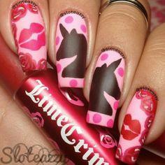Dope matte #Velvetine inspired mani by sloteazzy!