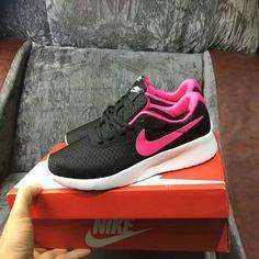 939341e2893 UK Trainers 2018 Womens Nike Tanjun Running Shoes Black Noir Peach 812654-061  Youth Big