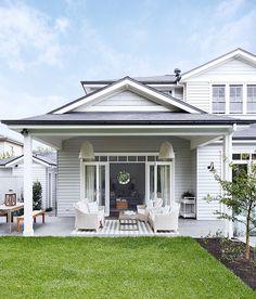 Outdoor Spaces - Gallerie B Exterior Color Schemes, Exterior Paint Colors, Exterior House Colors, Exterior Design, Paint Colours, Hamptons Style Homes, Hamptons House, The Hamptons, House Ideas