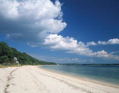 Fine Sandy Beach on the North Fork of Long Island, NY.  Photo by Brown Harris Stevens of the Hamptons.