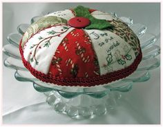 Christmas Pie Pin Cushion-277