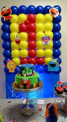 first birthday sesame street   | CatchMyParty.com
