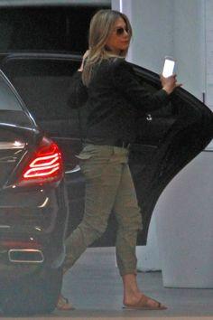 Jennifer Aniston wearing Matt Bernson Scout Sandals and Nili Lotan Camo Cropped Military Pants