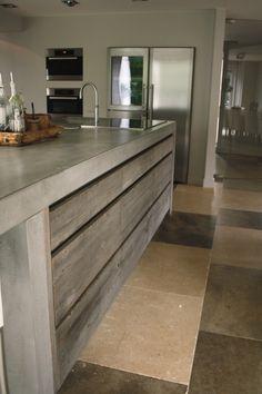 keuken van oud hout met beton ça-va! interieur