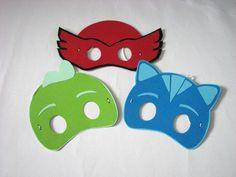 Masti realizate din carton colorat cu cei trei Eroi In Pijamale - Bufnita, Pisoi si Sopi
