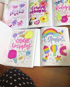 Y tú, qué esperas para marcar tus cuadernos al mejor estilo? 🌸  TRABAJO 100% HECHO A MANO  Recuerda ... #yooying Journal Covers, Diy And Crafts, Doodles, Notebook, Letters, Stickers, School, Drawings, Anime
