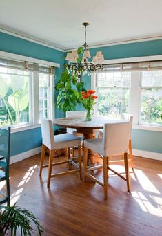 ❤ the turquoise walls for a beach house or tropical themed home: Samantha & Lindsey's Bright Beach Cottage
