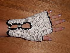 driving gloves, free crochet pattern