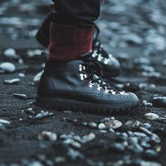 Here is our new collaboration with @benjaminhardman straight from Iceland. One of the best photographer out there, in our opinion. Thank you bro for the amazing job.  The boots are Magnifico m130 black Italian leather whit black ripple outsole. Write to get them.  #Fracap #boots #Iceland #Italy #handcrafted #cool #photography #shoting #black #totalblack #snow #cold #ice #handcrafted #madeinitaly #musthave #dream #cool