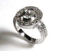 Risultati immagini per anello fidanzamento diamante nero