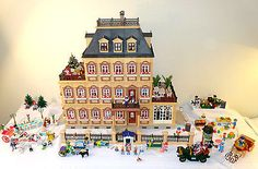 VINTAGE PLAYMOBIL VICTORIAN DREAM MANSION and TOWN *CUSTOM XL* 5300 & 7411 +++