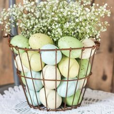 Easter Floral Arrangement - easy and inexpensive home decor