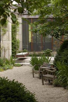Wunderschöner Garten Mit Kies Gestaltet