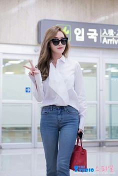 Jessica Jung At Gimpo Airport Back From Beijing. Jessica Jung Fashion, Jessica & Krystal, Ice Princess, Airport Style, Airport Fashion, Celebs, Celebrities, Snsd, Girls Generation
