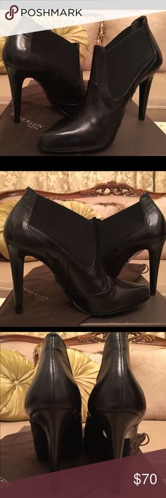 """Anne Klein New York leather Ankle Booties Super cute and comfy Anne Klein New York black leather ankle booties. Pointy toe. Stiletto heel 4"""". Made in Brazil. Brand new! Comes with the box and dustbag. Anne Klein Shoes Ankle Boots & Booties"""